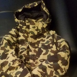 3bf526ed8cfa Men A bathing Ape camo Down coat preowned